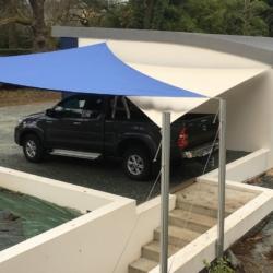 voile d'ombrage abri pour protection voiture ou moto